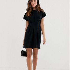 New ASOS DESIGN Dress  US 8 Nipped Waist Black